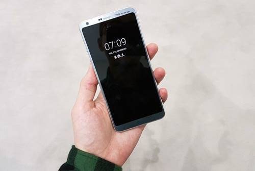Novo top de linha da LG, o LG G6, possui tela com tecnologia Full Video