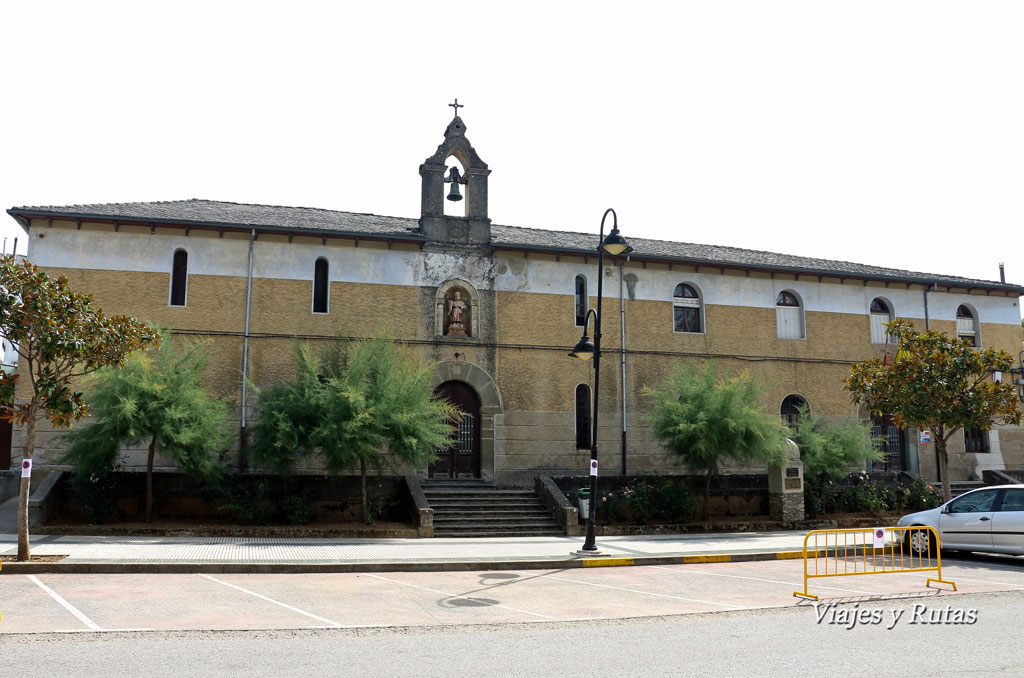 Villafranca del bierzo la peque a compostela viajes y rutas for Oficina de turismo de santiago de compostela