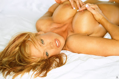 Girls of Playboy - Christine Smith - Playmate Exclusive December 2005