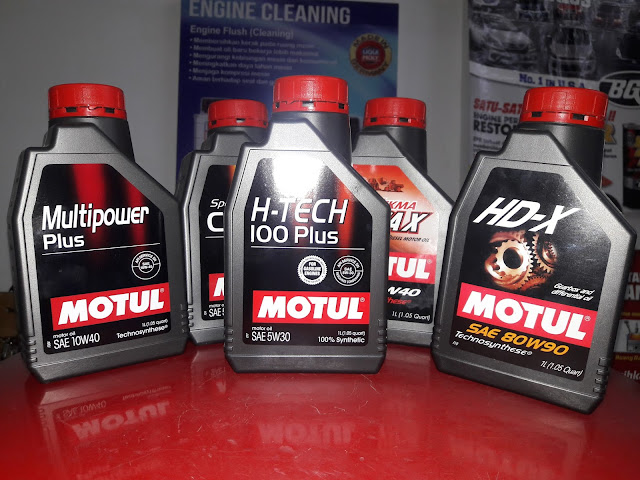 Dapatkah oli mobil digunakan untuk motor sport atau manual ?