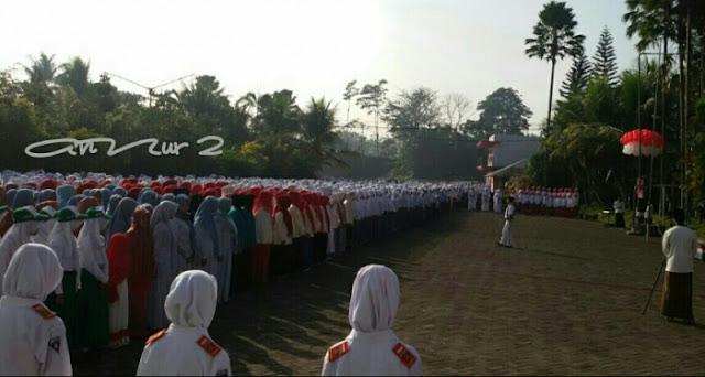 Upacara Bendera di An-Nur 2, Bululawang, Malang. Photo: Ahmad Zain