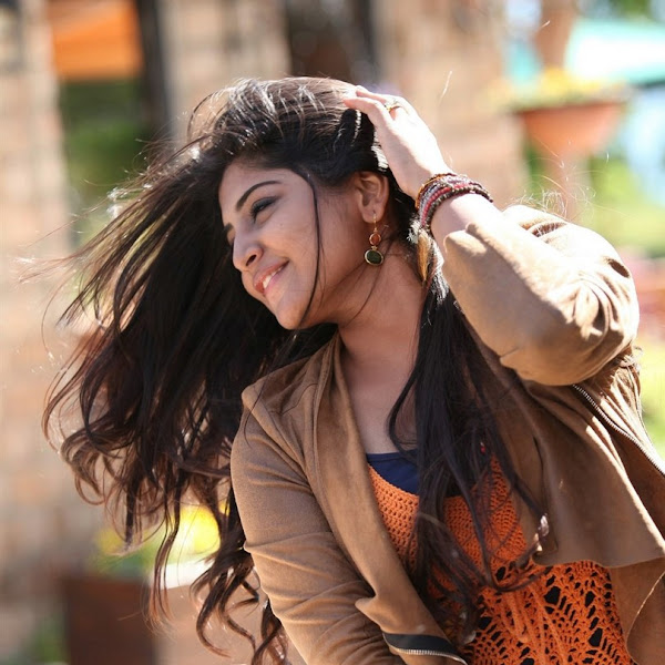 Manjima Mohan latest photos from Acham Enbathu Madamaiyada