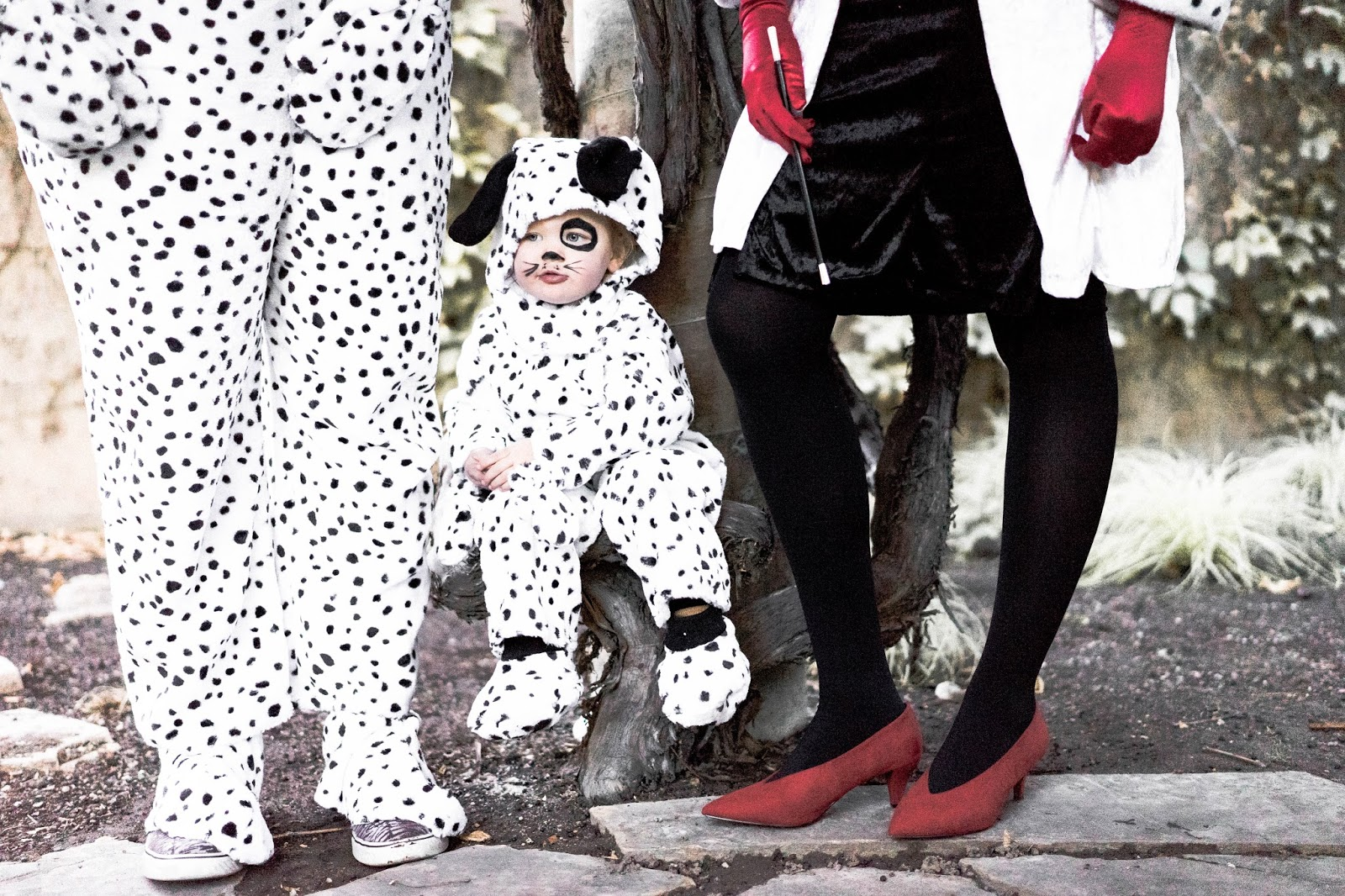 101 dalmation costumes, halloween costumes