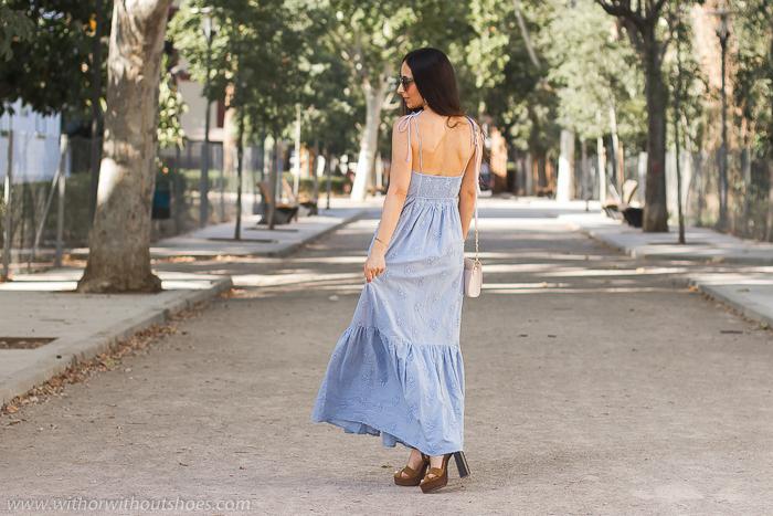 Blogger influencer valenciana con ideas de look verano con vestido largo para vestir en un fiesta ibicenca boda bautizo