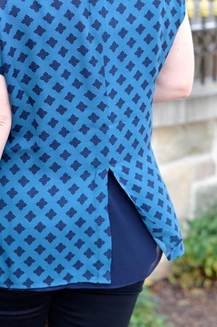 cabi-foulard-blouse