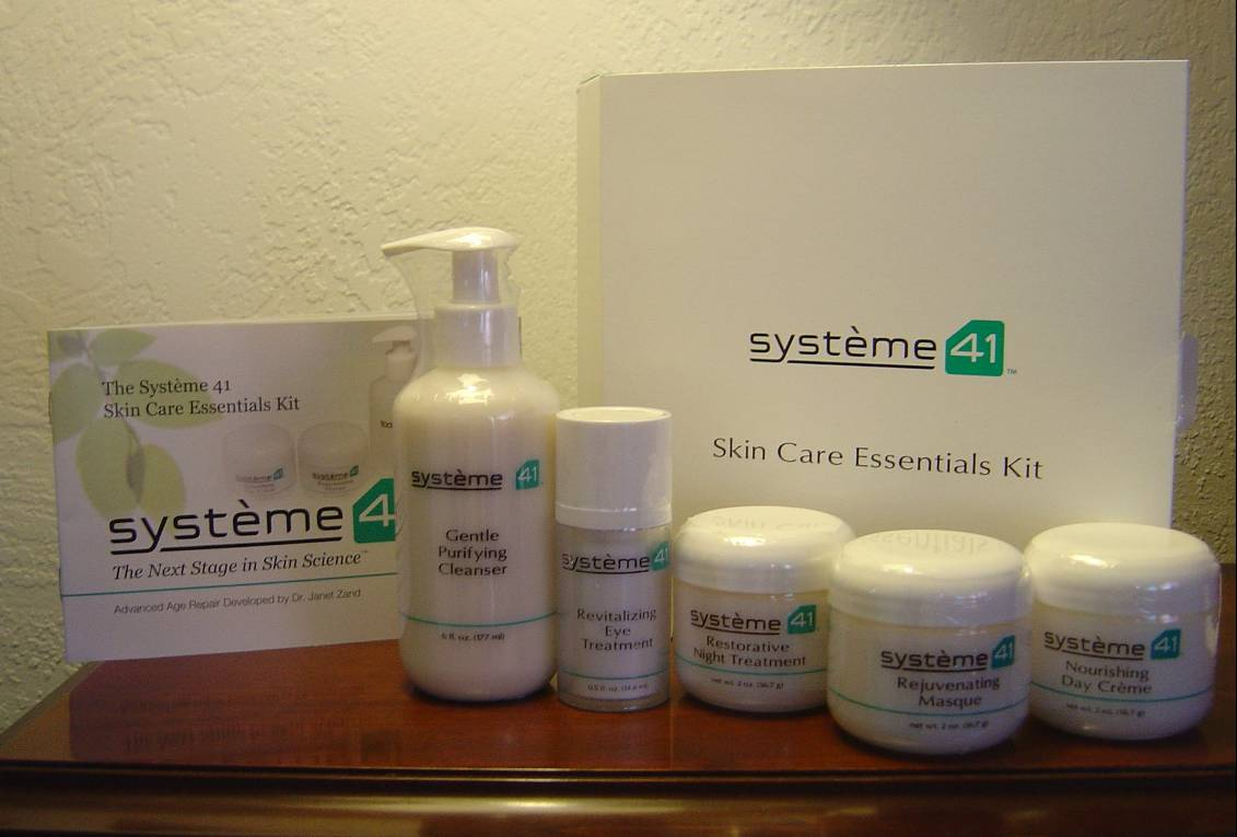 Système 41 Skin Care Essentials Kit.jpeg