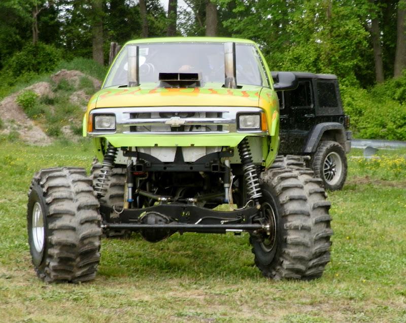 mud bog trucks for sale autos post. Black Bedroom Furniture Sets. Home Design Ideas