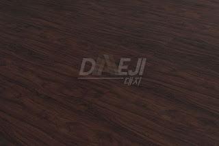 harga lantai vinyl motif kayu Daeji dan beragam motifnya