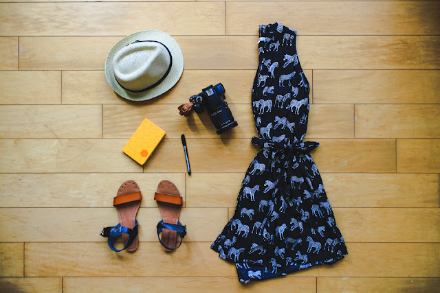 what to pack for your visit to Taiwan in summer: loose layers, sun protection, and comfortable shoes are a must