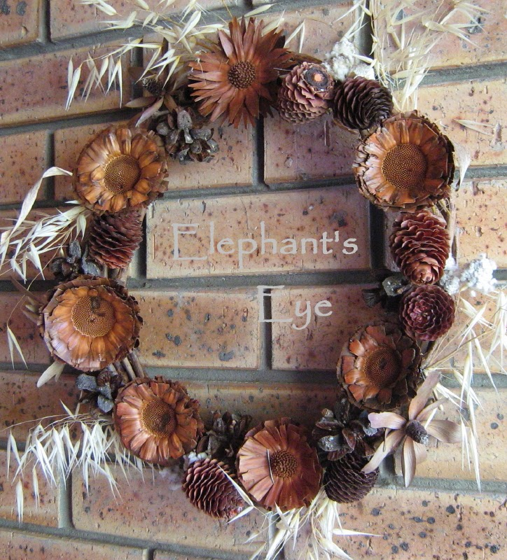 Door wreath for Christmas 2009 and there it stayed since I loved it as a welcome