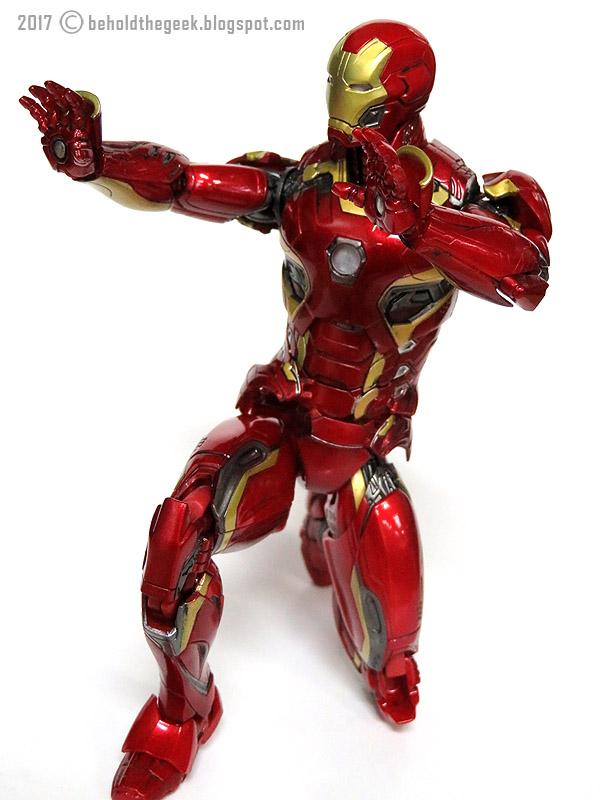 MAFEX Iron Man Mark 45 Action Figure Review ~ Behold the Geek!