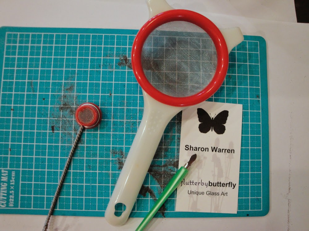 glass powder tools bullseye sgraffito fused frit painting sifter art flutterbybutterfly flutterbyfoto