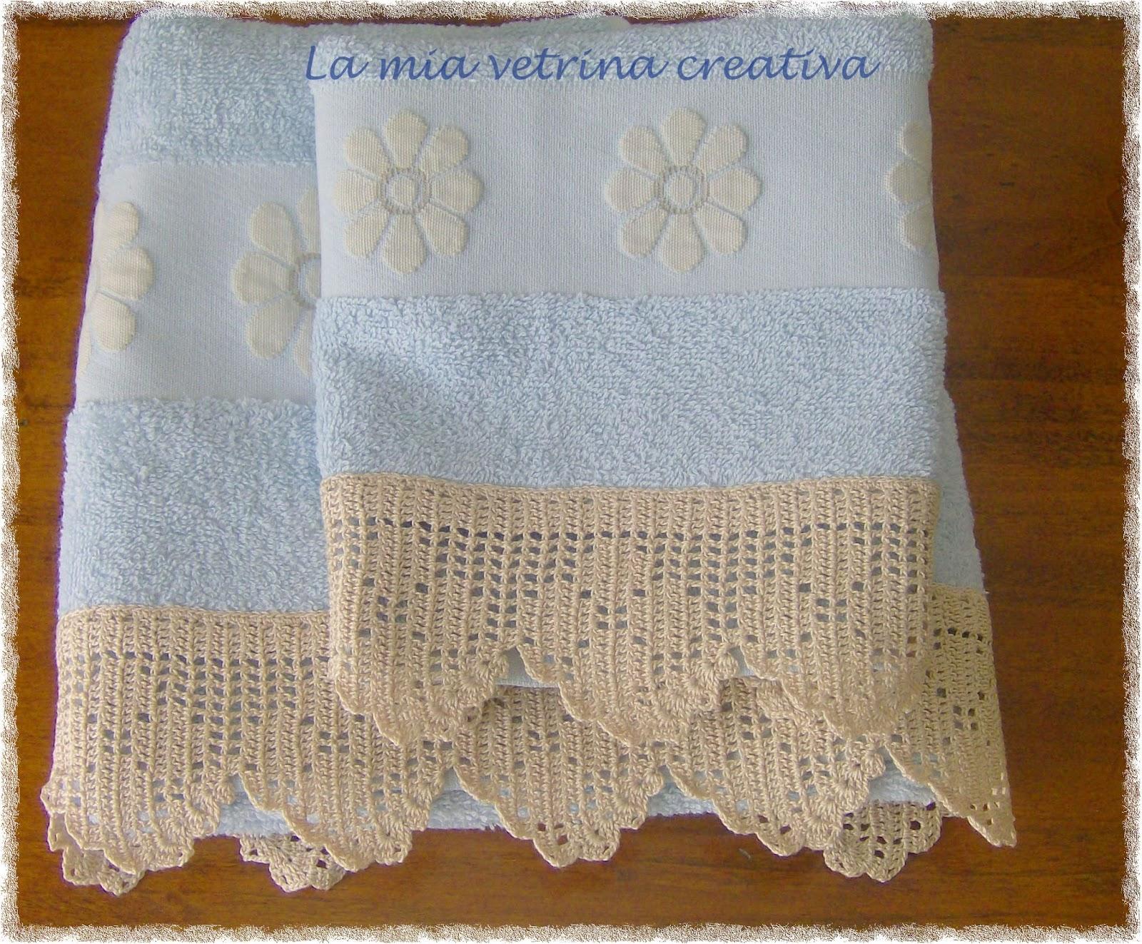 La mia vetrina creativa asciugamani con bordure a filet for Schemi bordure uncinetto filet