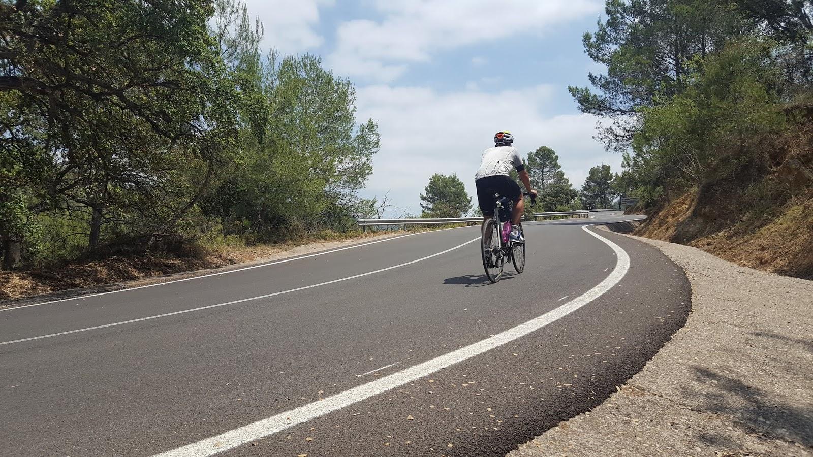Cycling in Valencia, Aín, Sierra de Espadán, Castellón, Spain