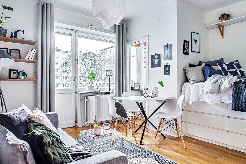 Spații de depozitare sub pat într-o garsonieră de 31 m²