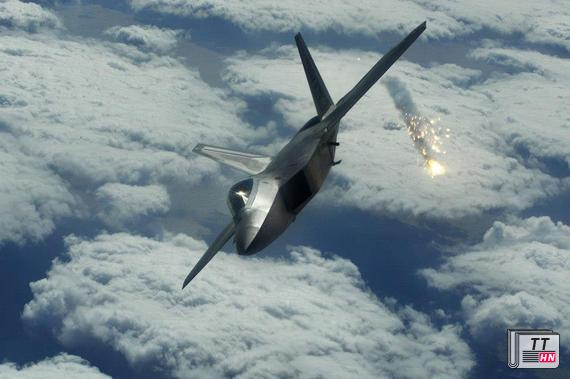 """Chim cắt"" F-22 Raptor"