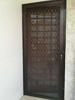 Pintu Kasa Nyamuk Expanda