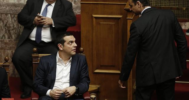 Η «μαύρη» Πέμπτη του ελληνικού Κοινοβουλίου