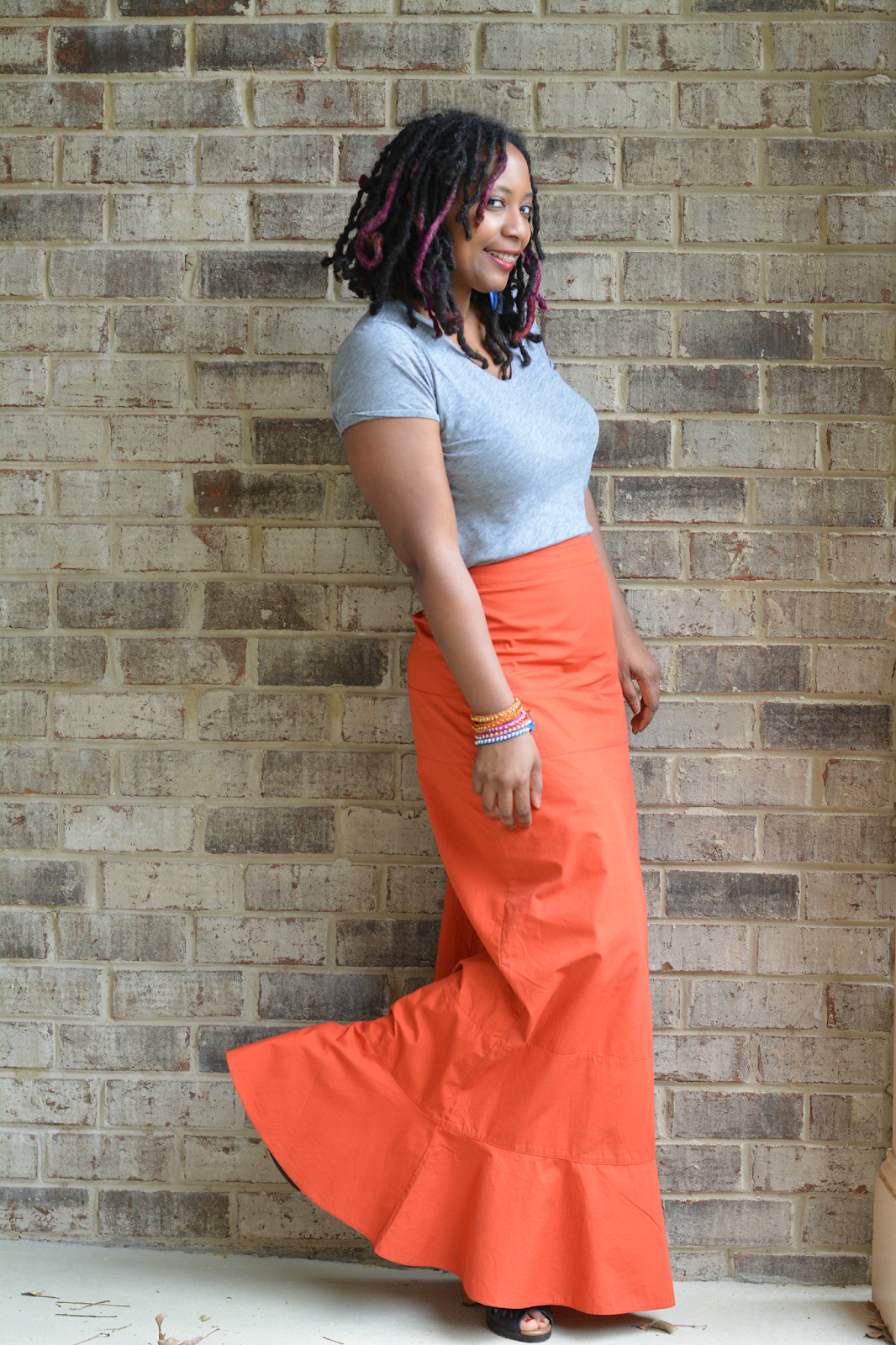 casual outfit with maxi skirt and tee