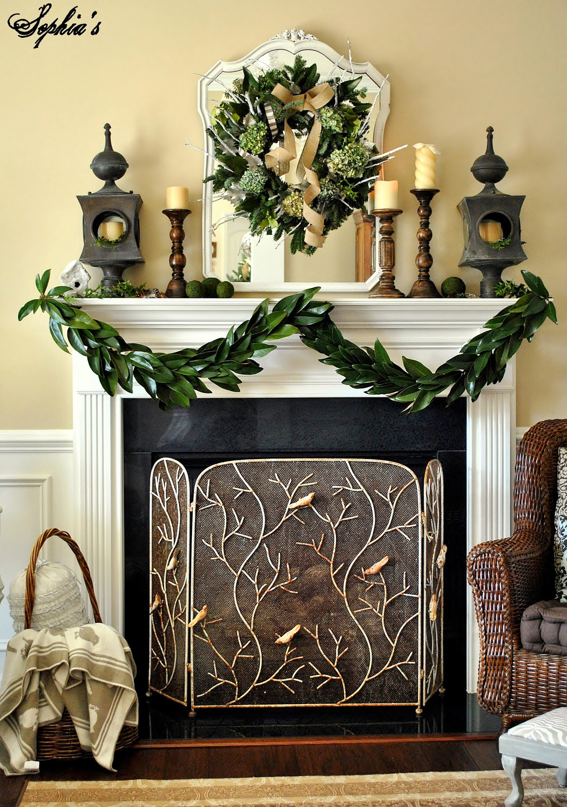 How To Make A Garland With Magnolia Leaves