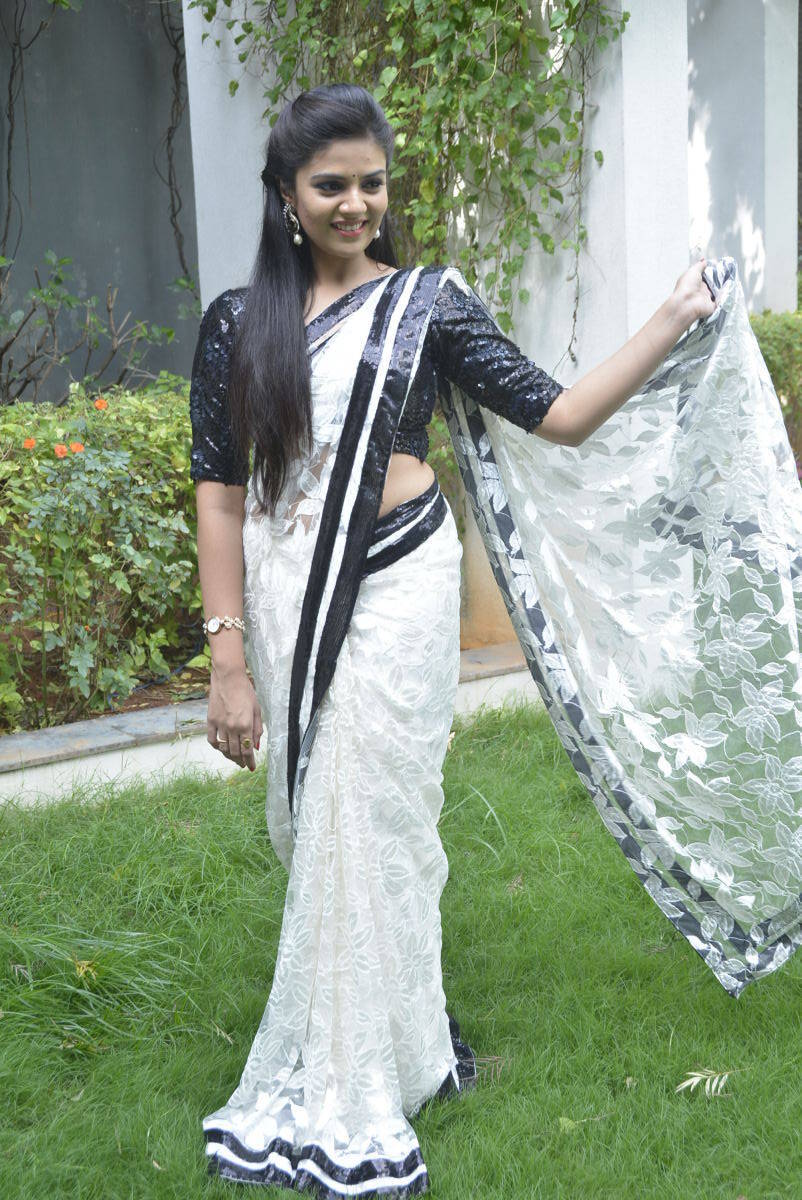 Tv Actress Srimukhi Hot Photos In White Saree