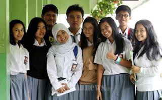 http://imanlukman23-id.blogspot.com/2016/05/setelah-lulus-sekolah-orang-ini-yang.html