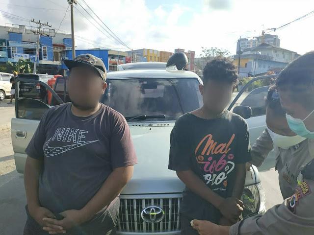 Polsek Japsel Aman Dua Remaja dan Satu Paket Ganja di Lokasi Sekat Batas Hamadi