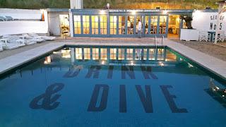 zwembad van strandtent George no 5 te Zandvoort