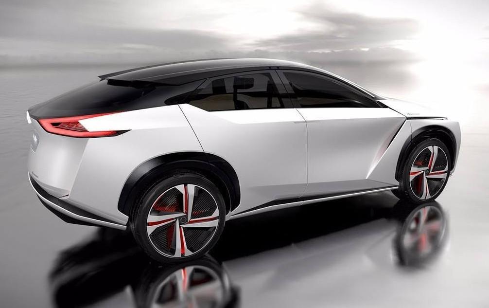 Nissan IMx, il SUV del futuro vestito da crossover elettrico