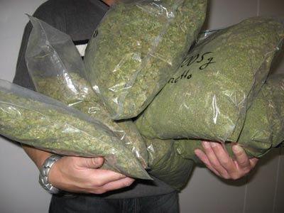 Συνελήφθη 25χρονος με 3,35 κιλά κάνναβης