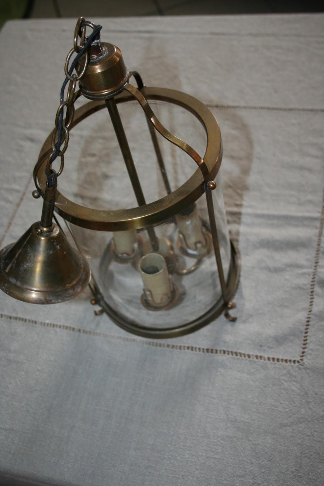 troc dressing lampe ancienne en bronze et verre. Black Bedroom Furniture Sets. Home Design Ideas