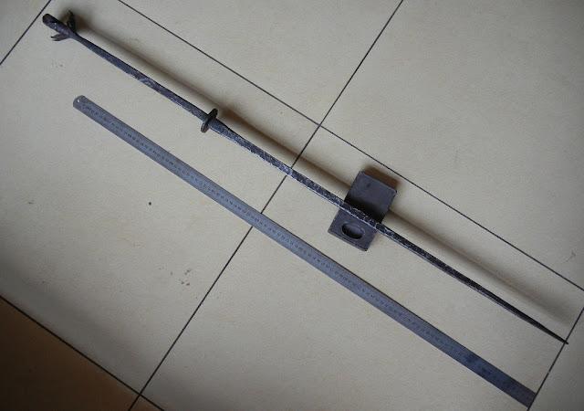 Two-handed Chinese swordbreaker
