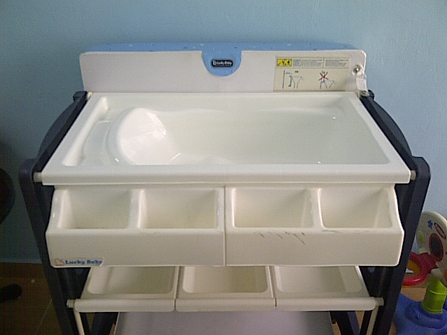 Special Toys Shop Lucky Baby Changing Table With Bath Tub