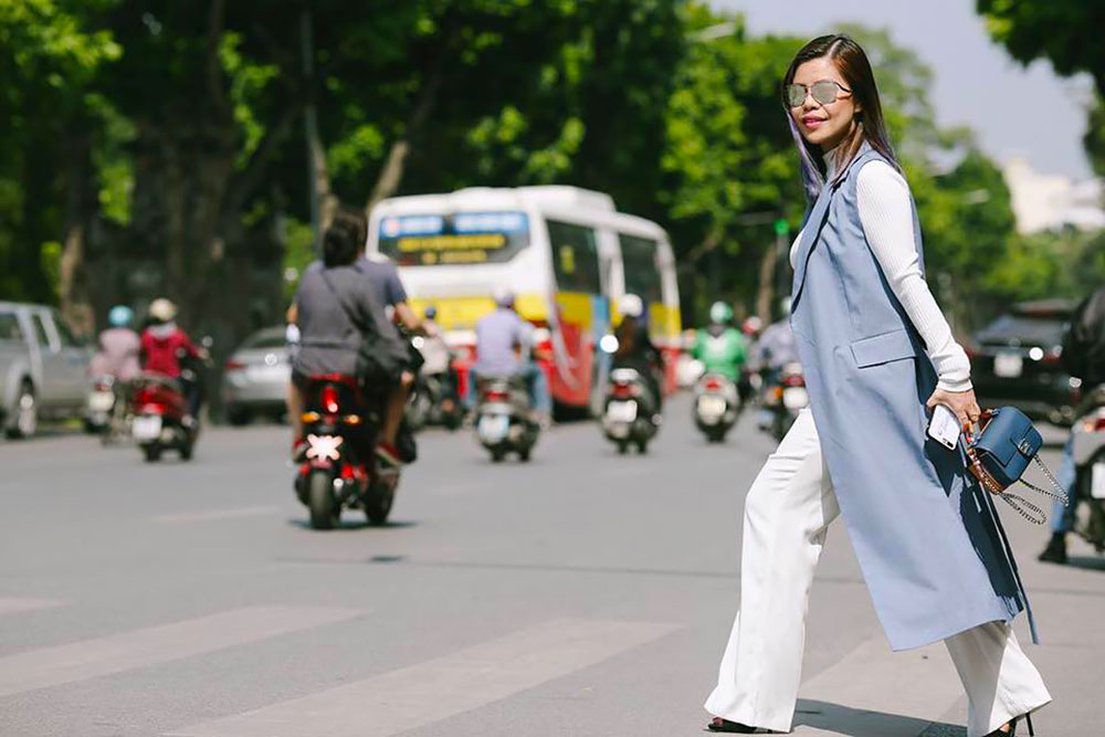 Crystal Phuong- Vietnam International Fashion Week 2016- Streetstyle day 3