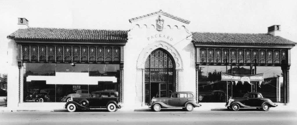 Just a car guy packard dealership santa monica 1934 now for Mercedes benz dealers in los angeles