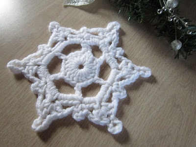 snowflake, winter, doily, ornament, Christmas, free crochet pattern