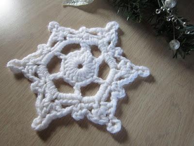 snowflake, winter, doily, ornament, Christmas, free crochet pattern