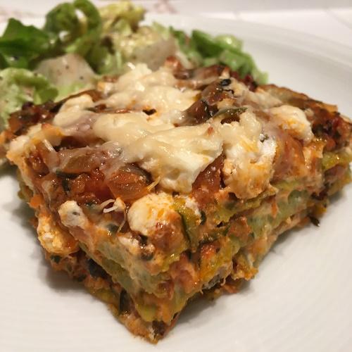 Zucchini-Lasagne mit Ricotta, Feta und Parmesan