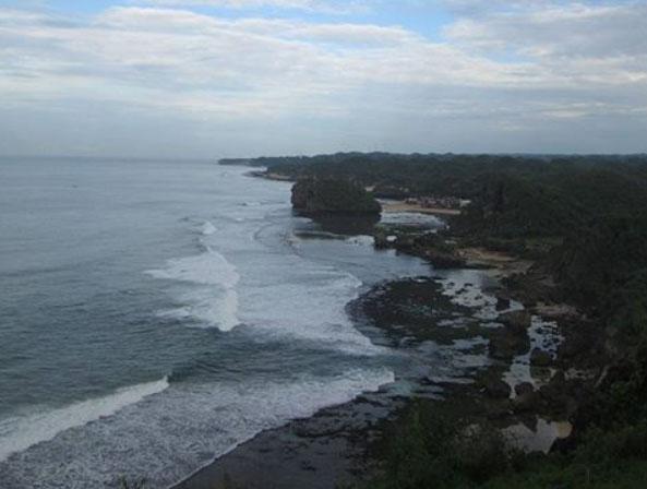 Pantai Ngrumput Yogyakarta