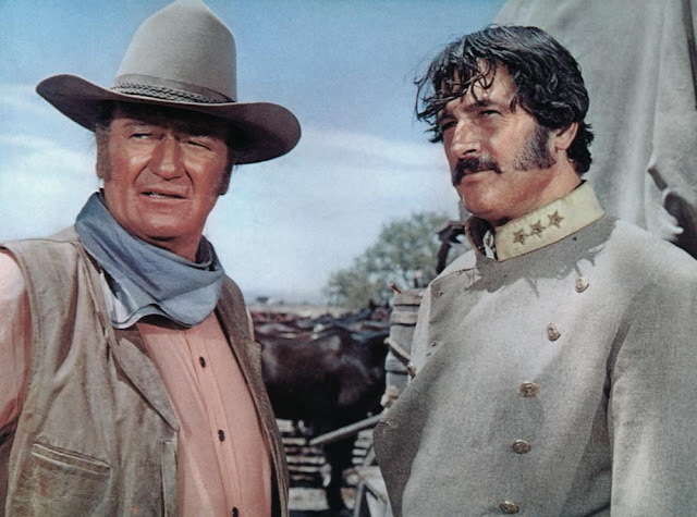 The Undefeated movieloversreviews.filminspector.com John Wayne Rock Hudson