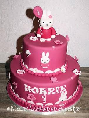 taart nijntje maken Niccies taarten en cupcakes Hoofddorp: Kindertaarten taart nijntje maken