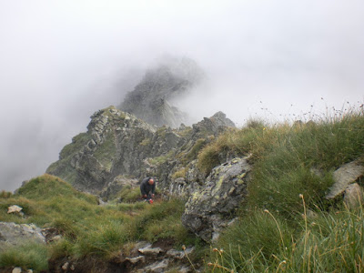 cresta-rocosa-los-carpatos-rumania-enlacima