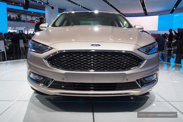 Novo Ford Fusion 2017: mudanças no interior