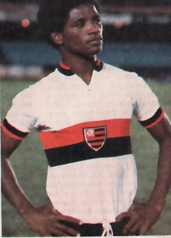 flamengo-20-21-away-kit-3.jpg