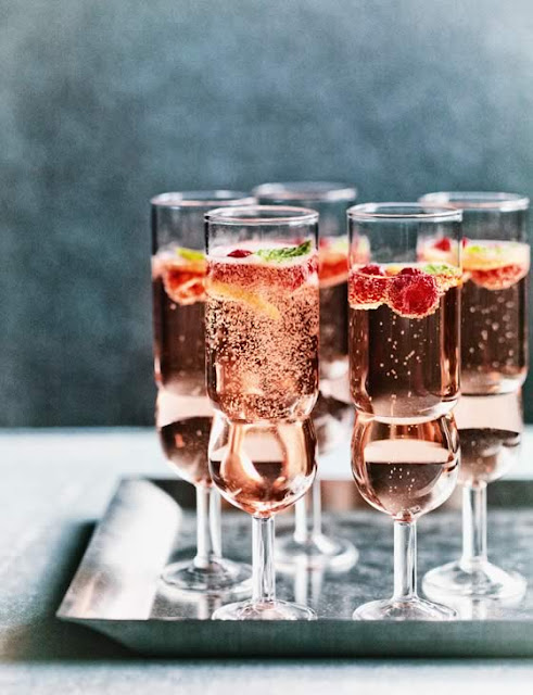 http://www.sainsburysmagazine.co.uk/recipes/drinks/alcoholic/item/rose-raspberry-mint-fizz