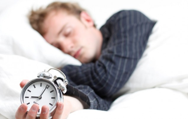 4 Cara Ampuh Bangunkan Orang untuk Sahur