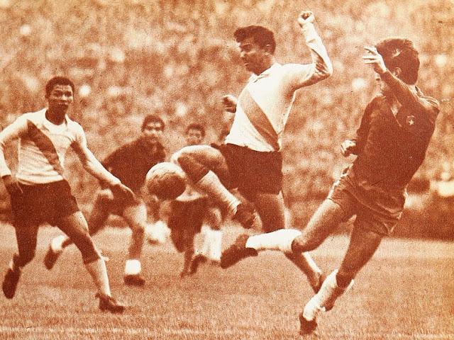 Chile y Ecuador en Clasificatorias a Inglaterra 1966, 22 de agosto de 1965