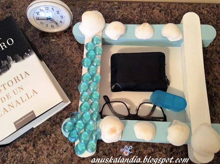 Cómo-hacer-bandeja-vacía-bolsillos-de-cartón-regalo-día-del-padre-Anuskalandia