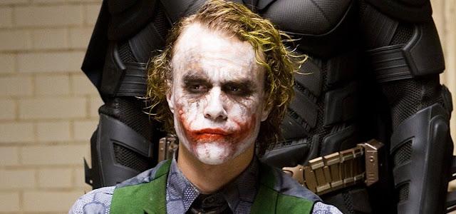 Coringa de Heath Ledger quase teve uma história de origem em 'Batman: O Cavaleiro das Trevas'