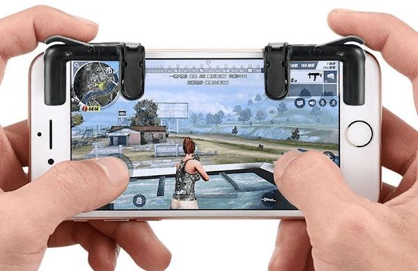 Main PUBG Mobile di Android maupun di iPhone bukanlah hal yang gampang dilakukan sob Cara Membuat Tombol L1 R1 untuk PUBG Mobile, Rules of Survival, dan Free Fire